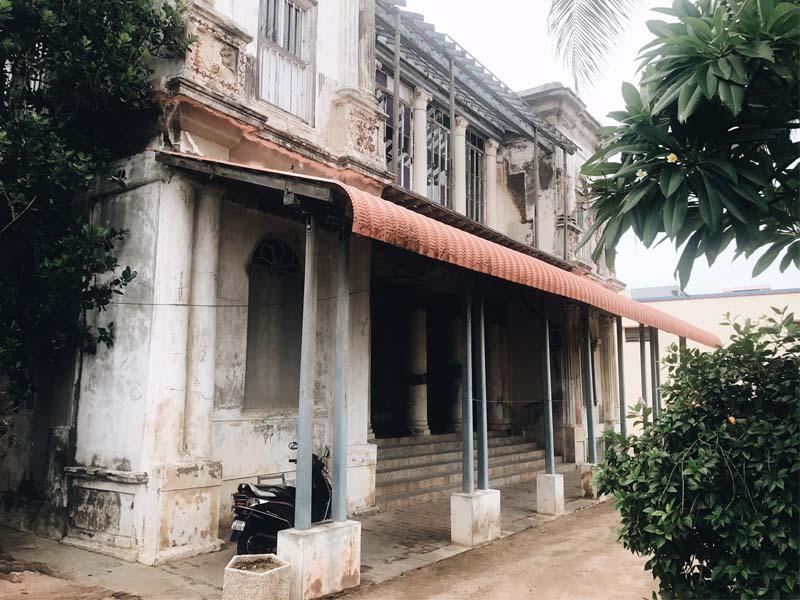 Kuruchikuppam, Beach Road