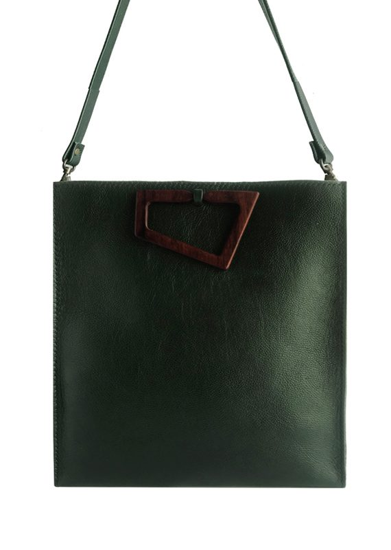 TOTE FRONT1